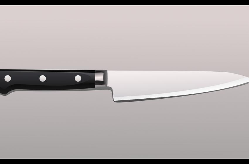 Ало, полицейската академия! Защо не открихте ножа по-рано?